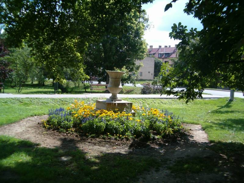 mutargyak-a-parkban-fehergyarmat-2